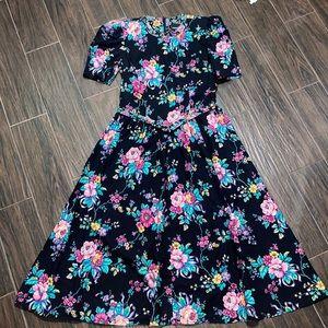 Vintage Positive Attitude floral maxi dress
